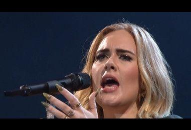 Adele dedicates her New York gig to Brangelina | NME.COM