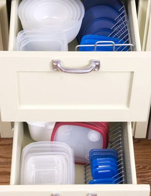 DIY Home Sweet Home: Organize your Kitchen to Maximize Storage