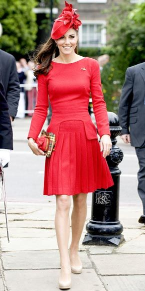 06/04/12: Lady in red! KateMiddleton looked ready to celebrate in her classic