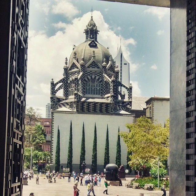 Vista desde el  Museo de Antioquia Plaza Botero