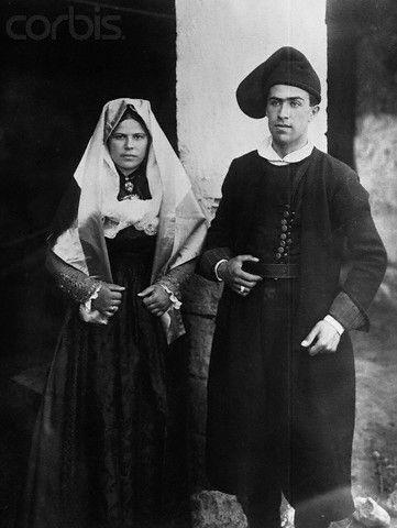 Coppia di sposi Sardegna - 1920