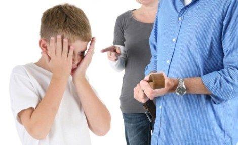 10 razones por las que los padres no deben gritar a los niños