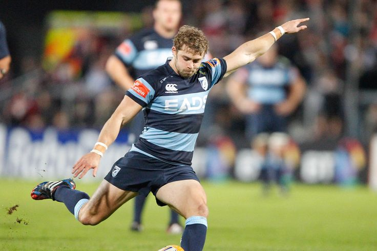 Leigh Halfpenny slots a kick. Ulster 39-21 Cardiff Blues #Rugby #CardiffBlues