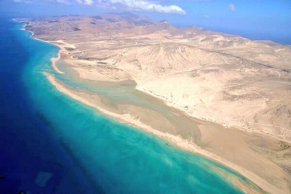 Fuerteventura from the air, Sotavento beaches.