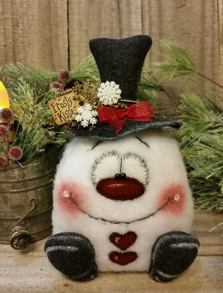 "Primitive Handmade Winter Christmas Valentine 7"" Snowball Snowman Decoration #JeaneenNasonSpringCreekPrims"