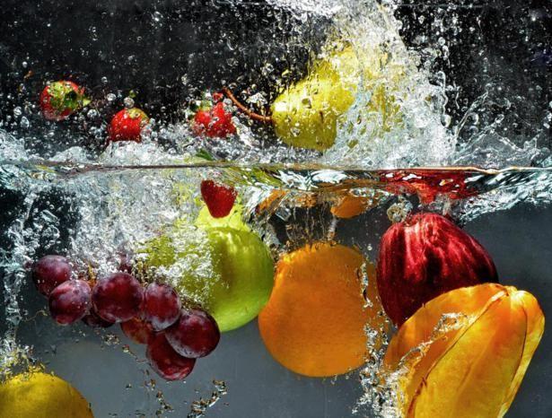 Come lavare efficacemente frutta e verdura, prima di consumarle