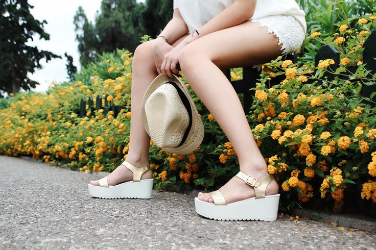Dylan Gold Platforms S/S 2015 #Fred #keepfred #shoes #collection #leather #fashion #style #new #women #trends #white #platfoms #wedges #gold