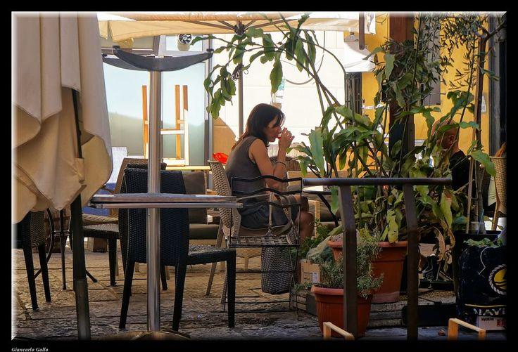 Outdoor bar by Giancarlo Gallo
