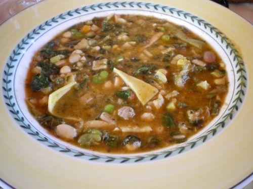 Le virtù sono un piatto della cucina teramana, caratteristico del primo di maggio.