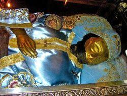 Ο Άγιος Ιωάννης ο Ρώσος γύρισε και την κοίταξε (Συγκλονιστική Μαρτυρία)