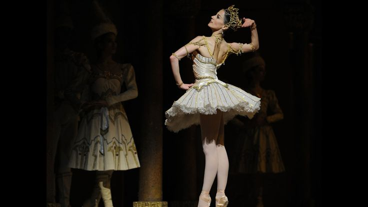 #grandballet #Raymonda is a ballet in three acts, four scenes with an apotheosis, choreographed by Marius Petipa, with music by Alexander Glazunov, his opus 57.