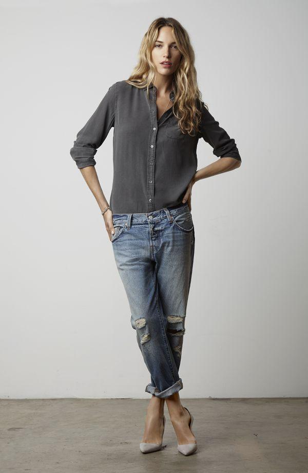 デニムとシャツだけなのにこんなにおしゃれなのはリーバイスの美しいデニムだから♪?Levi'sのコーデ☆スタイル・ファッションの参考に♪