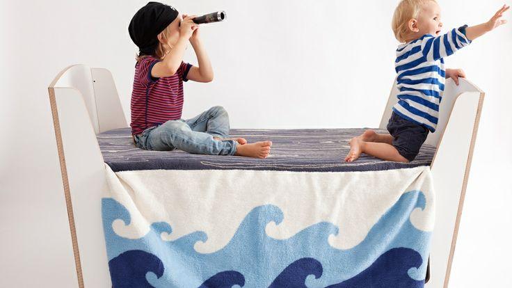 Maak van bed of tafel een piratenschip. Home | Jäll & Tofta