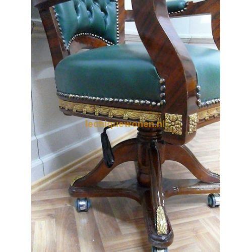 25 beste idee n over draaistoel op pinterest woonkamer zitplaatsen knuffel stoel en leesstoelen - Stoel dineren baroque ...