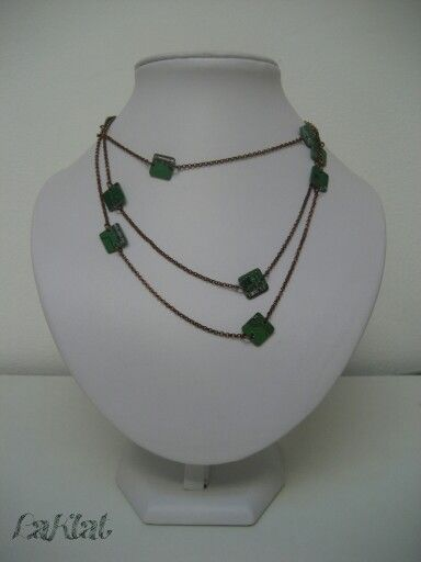 Long chain with handcutted ram chips, copper and green