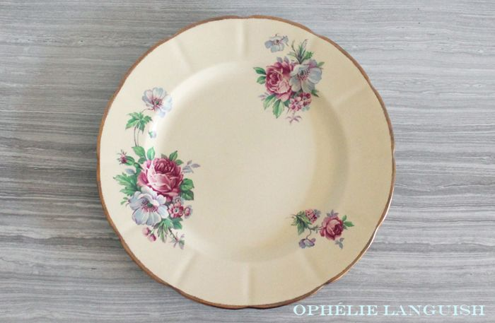 Rare Shabby Chic Vintage Pale Yellow Wm Hulme Royal Braemar Fine China Dinner Plates with Rose Floral Motif - Made in England available at Ophélie Languish.  home, living, kitchen, dining, dinnerware, shabby chic, cottage chic, cream, pale yellow, floral, pink rose, blue flowers, royal braemar, set, wm hulme, hulme, william hulme, england, fine china, replacement china, rare, dinner plates