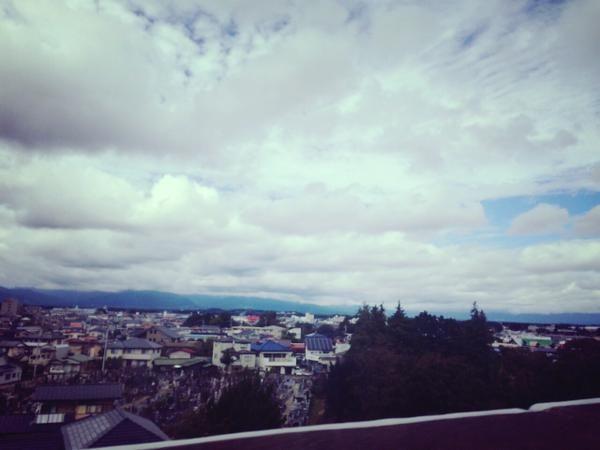 """柴咲コウ""""こううたう""""ツアー6本目 仙台市民会館 大ホール 空、綺麗だなぁ 気持ちよく、いっぱい弾いて痩せてきます"""