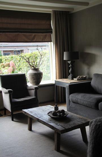 Stoere salontafel van oud hout: vergelijkbare slagerstafels te koop bij WWW.OLD-BASICS.NL webshop voor Brocante Landelijk Vintage en Industriële meubels