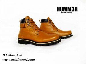 Jual Sepatu Boot  Kontak Kami: Holine / SMS : 081315979176 BBM : 224A1F27