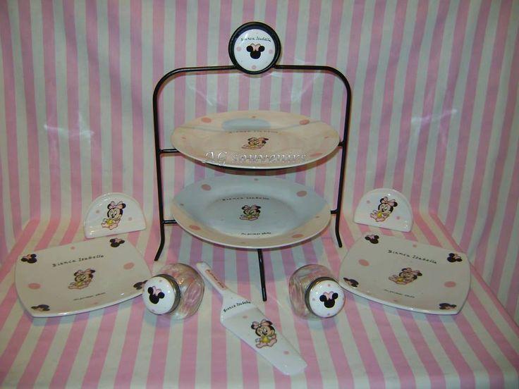 Soporte de hierro con 2 platos, Platos cuadrados, Carameleras de vidrio, Servilleteros en cerámica y Pala de torta.