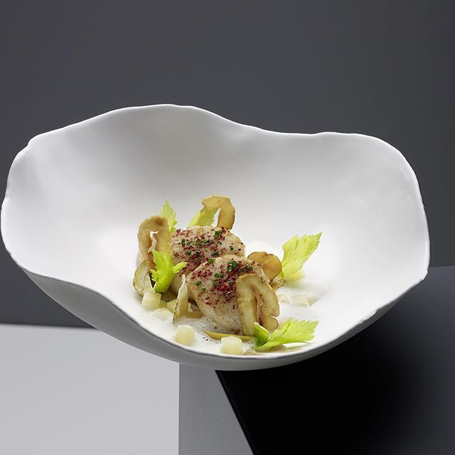 Scallops and chestnut #chefsroll#chefkoch#chefstalk#foodporn#foodie#scallops#chestnut#quince#eat#expertfoods#theartofplating#seafood#christianjuergens#hurra#daskochbuch#delicious#yummy#artofplating#photooftheday#3stars#gaultmillau#bavaria#germany