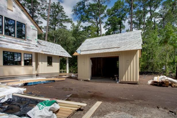 There Are A Number Of Things That Must Be Considered When Trying To Calculate How Much It Costs To Bui In 2020 Building A Garage Detached Garage Home Construction Cost