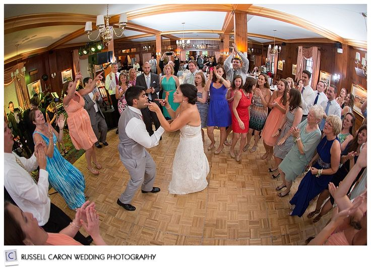 Wedding Reception Fun At The Colony Hotel Kennebunkport Photographers