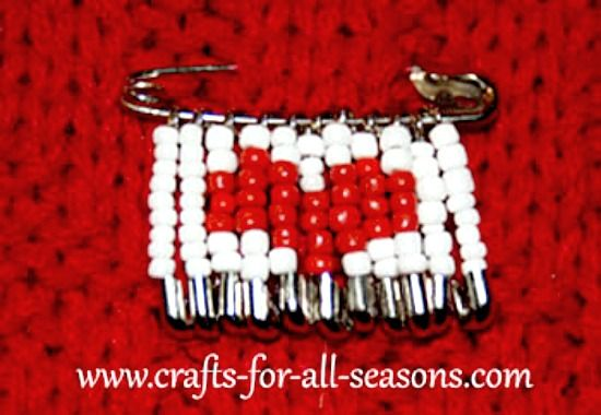 1000 images about beads with safety pins on pinterest for Safety pins for crafts
