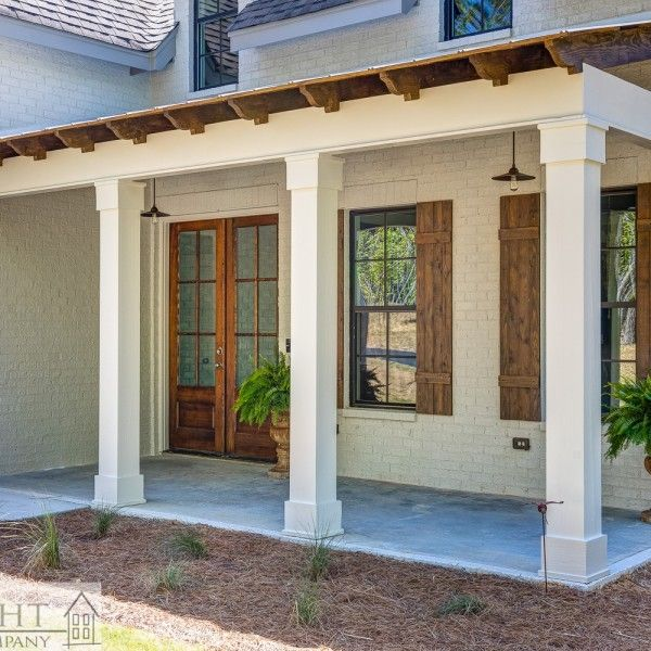 Pin By Kathy Folz On Porch Corbel In 2020 Brick Columns Front