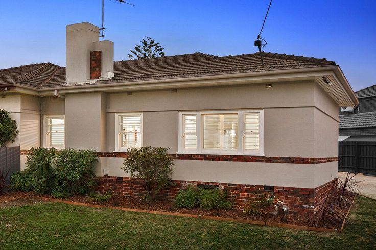 132a Fordham Ave, CAMBERWELL 2 bed; 1 bath; 2 car Auction 19th March at 2pm SOLD $1,095,000 res $930,000