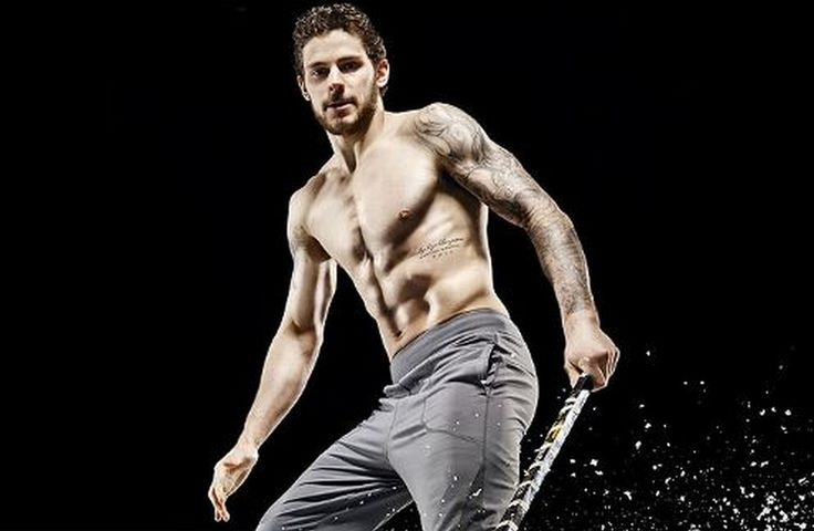 The 20 Hottest NHL Players in 2014 (PHOTOS).