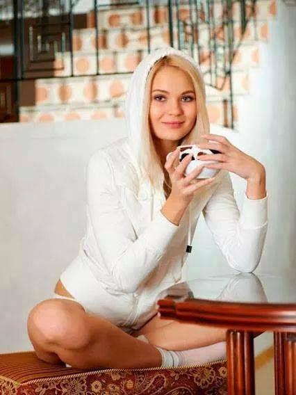 http://www.singlewifecams.com