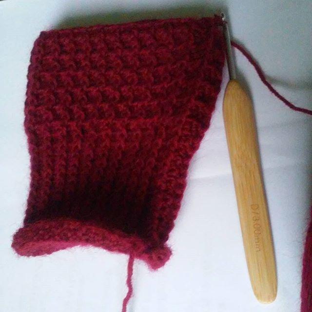 Szaro, buro i ponuro, a u mnie malinowe mitenki na szydełku ;) #szydełkowanie #szydełko #mitenki #mittens #crocheting