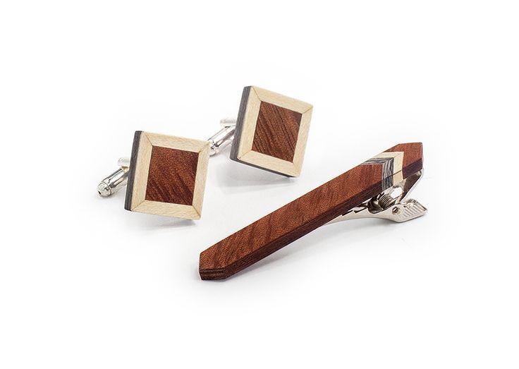 Комплект ТВИД2 зажим для галстука и запонкок от БАГ из дерева | Серый дуб / Клён / Красное дерево - Махагон