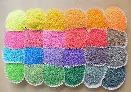 Riso colorato: attività per bambini