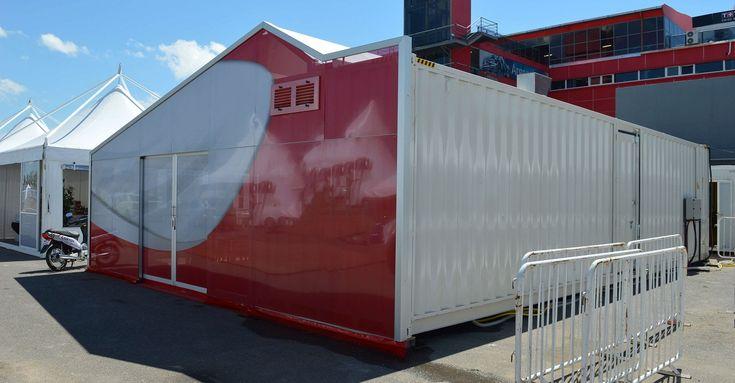 Sogeco International SA. Container 40' HC con porte costruite in carpenteria metallica, rinforzi interni per ospitare cucina e magazzino stivaggio materiale allestimento mobile, . Dedicato ad Hospitality MotoGP