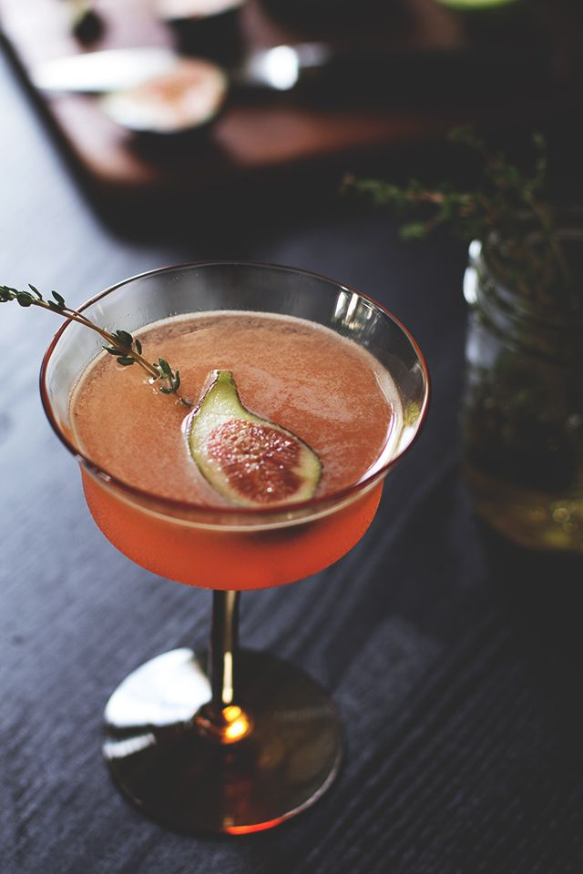 Fig Thyme Cocktail: pisco, Cointreau, thyme simple syrup, lime juice, fig | Honestly YUM