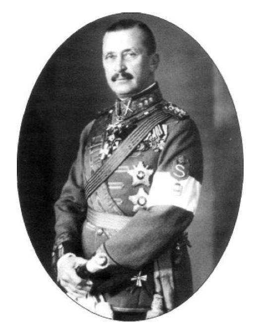 Carl Gustov Mannerheim, hero of the White Finnish forces.