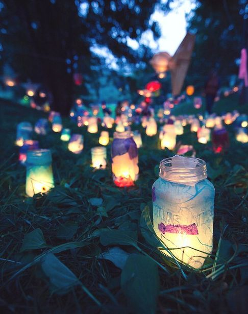 This is a great idea for an outdoor party in the summer