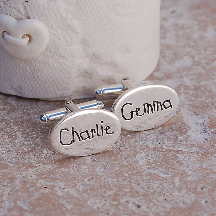 Personalised Silver Name Cufflinks - Father's Day Cufflinks - Personalised Father's Day Gift - Sterling Silver Dad Cufflinks von IndiviJewels auf Etsy https://www.etsy.com/de/listing/77810809/personalised-silver-name-cufflinks