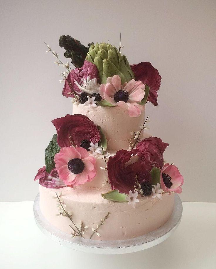 Wedding cake for the lovely Ravinder Bhogal @cookinboots - congratulations Ravinder!