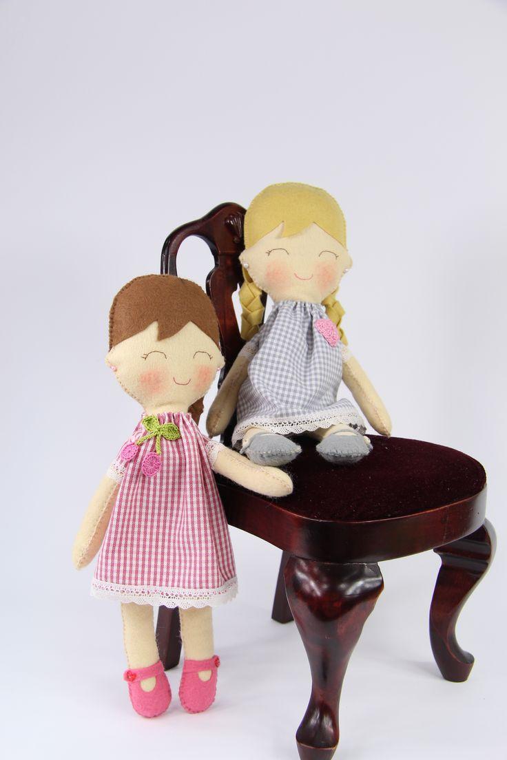 Felt cute dolls