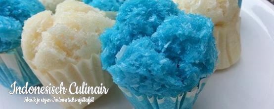 Kue Mangkok - Gestoomde cakejes met kokos - Steamed cupcakes with coconut