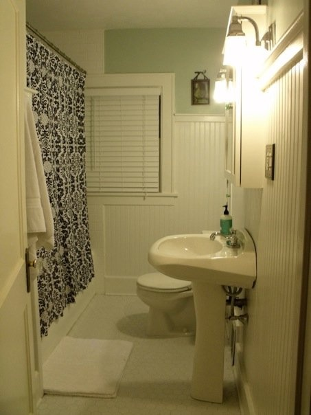Good Colors For Bathrooms Cool With Good Color Small Bathroom Images