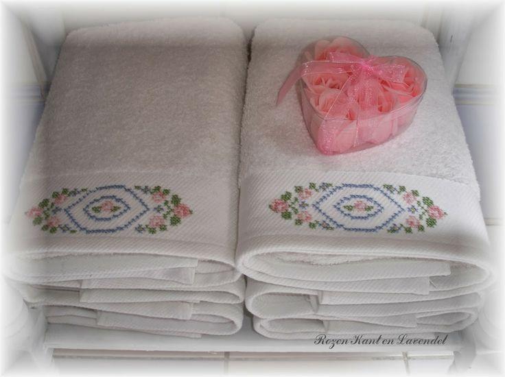 zelf geborduurde handdoeken - Google Search