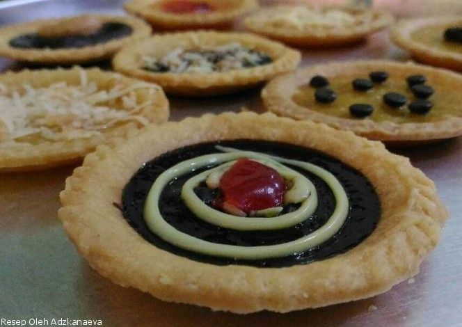 Resep Pie Susu Aneka Toping http://resepbook.com/resep/pie-susu-aneka-toping-762