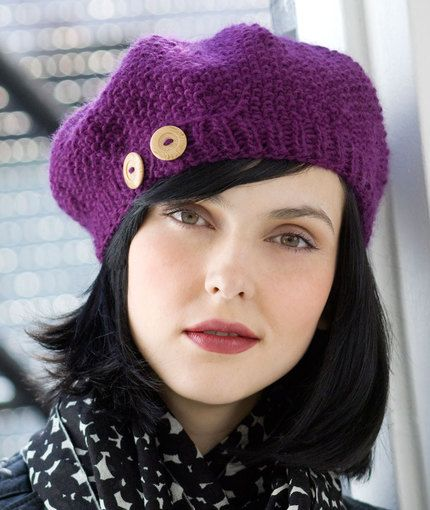 Buttoned Beret Knitting Pattern | Red Heart