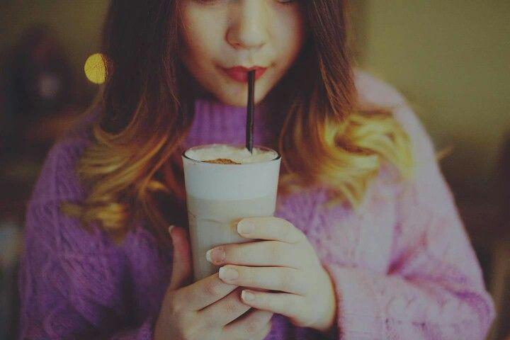 Coffee is a language it self. #latte #coffee #café #coffelove #winter #warm #pink #cappechino