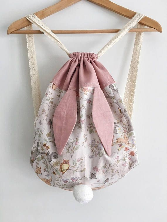 Super cute backpack for kids! To make beautiful from coated table linen.