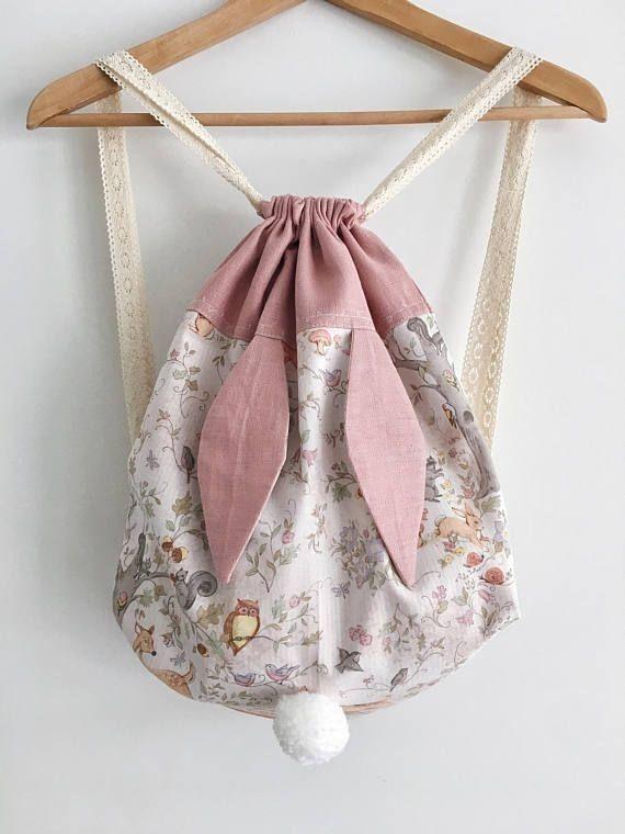 Super süßer Rucksack für Kinder! Aus beschichteter Tischwäsche schön zu machen.